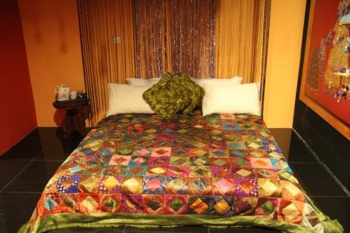bollywood-room2