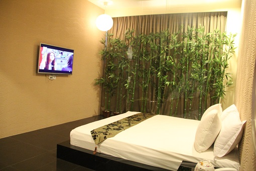 japanese-suite.jpg