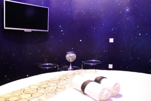 starry night suite 12